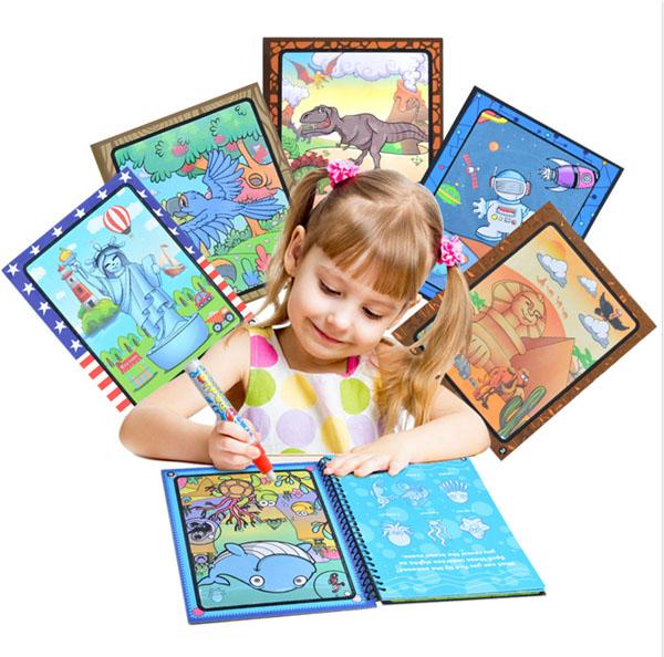 Sách tô màu cho trẻ em thần kỳ tự xóa sau 10 phút