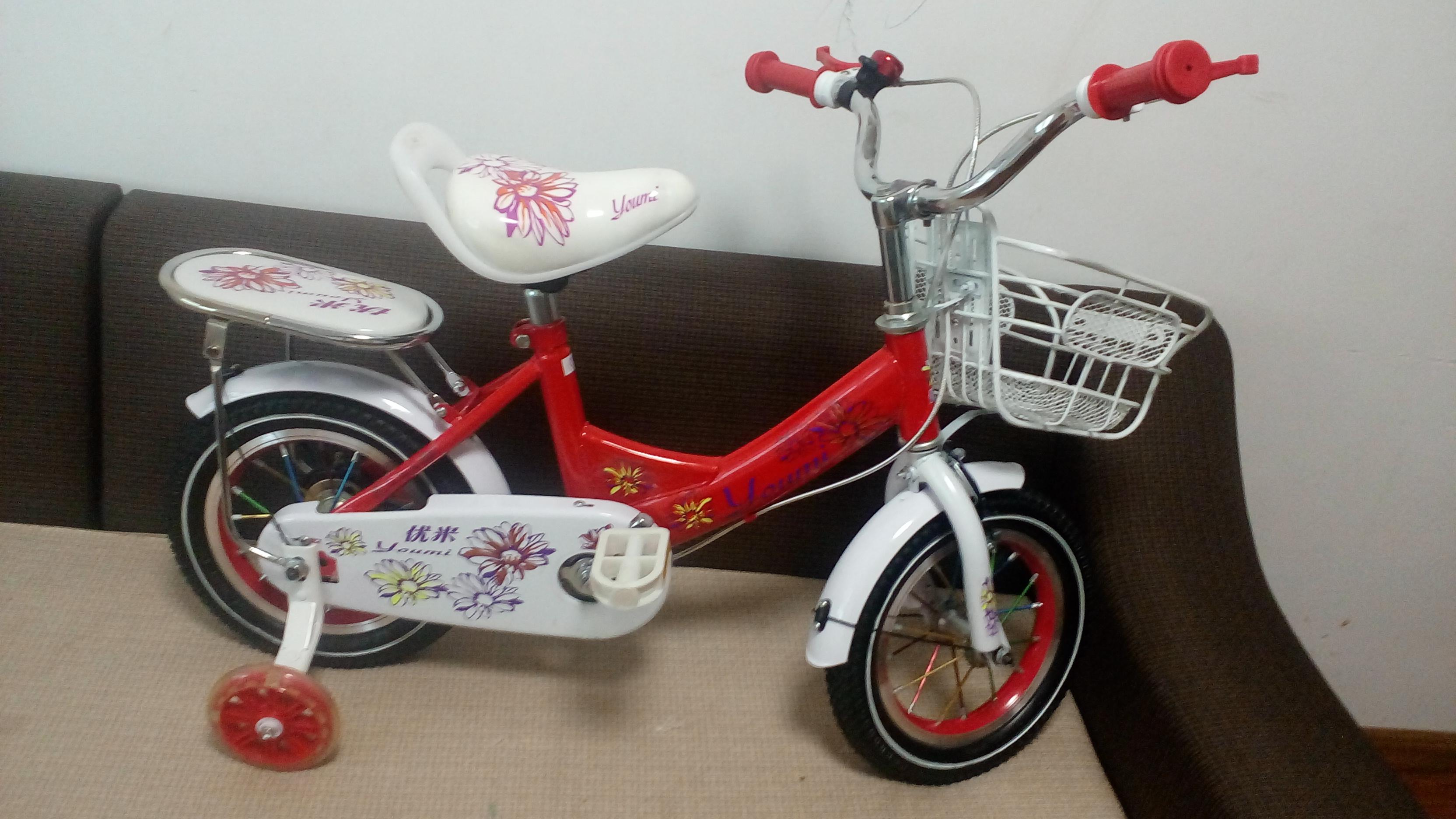 Xe đạp trẻ em cho bé 2, 3, 4, tuổi Youmi màu đỏ đẹp từng chi tiết